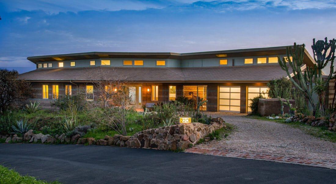 HOUSE-EXT-1100x603.jpg